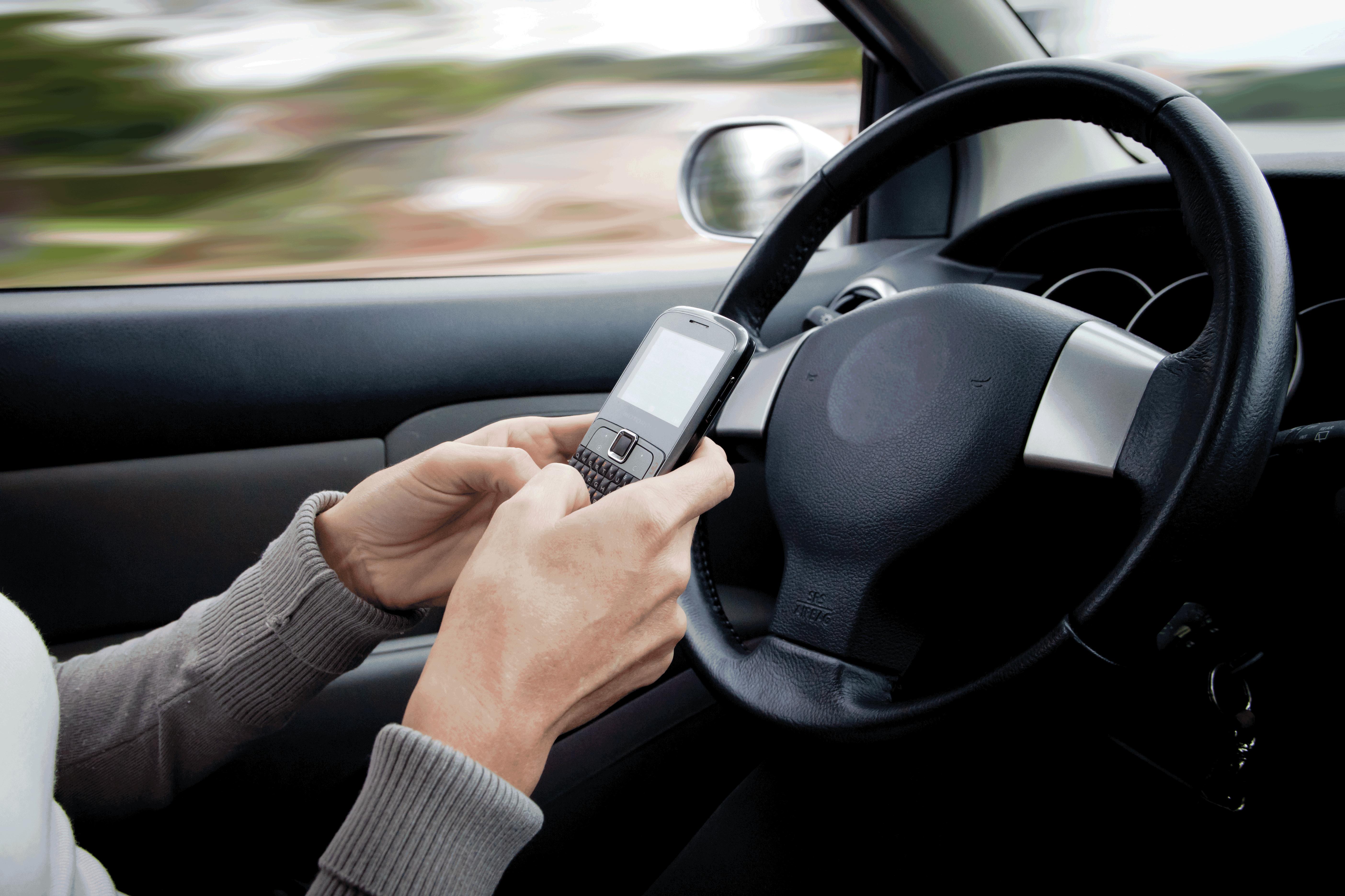 Guiar um carro de forma segura